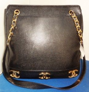 Just In A Large Black Chanel Purse In Great Condition Price 2 000 00 A0441 01 02 17 14 Http Www Theguildshop Org Chanel Pu Consignment Shops Shopping Bags