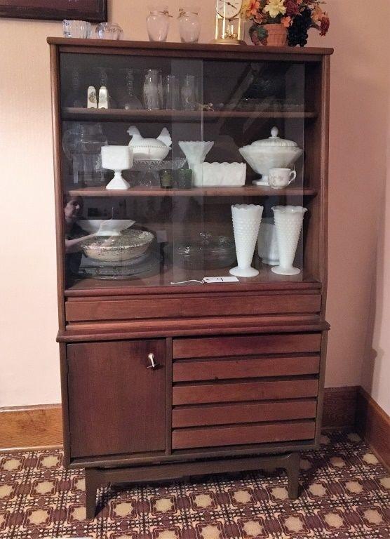 distinctive designs furniture. Distinctive Designs By Stanley China Cabinet (contents Not Incl) Bid Now Www.biddynamic Furniture