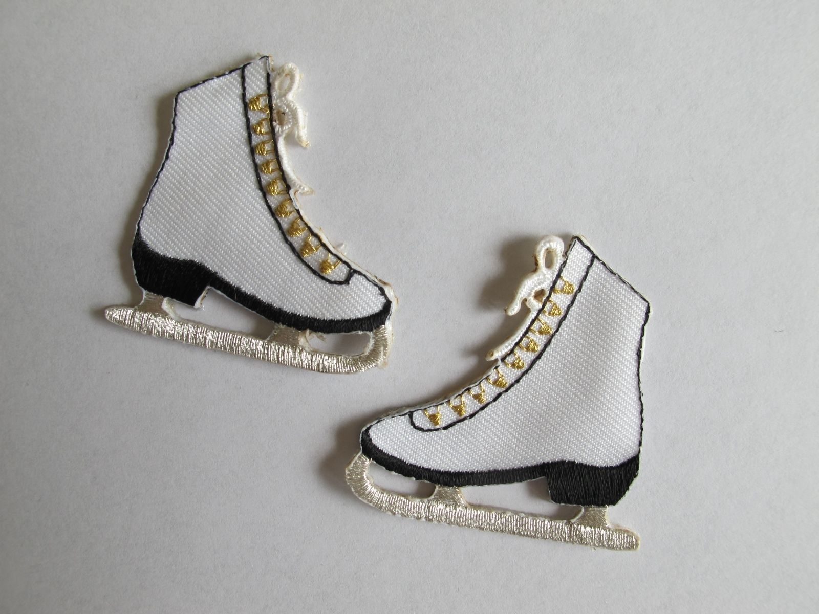 2 75 3391 Lot 2pcs Pair Ice Skate Shoes Embroidery Iron On