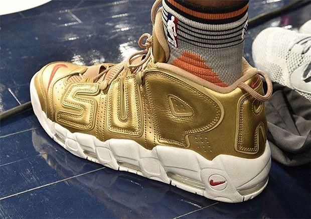 "#sneakers #news Derrick Jones Jr. Wears Gold Nike ""Suptempo"" In Dunk"