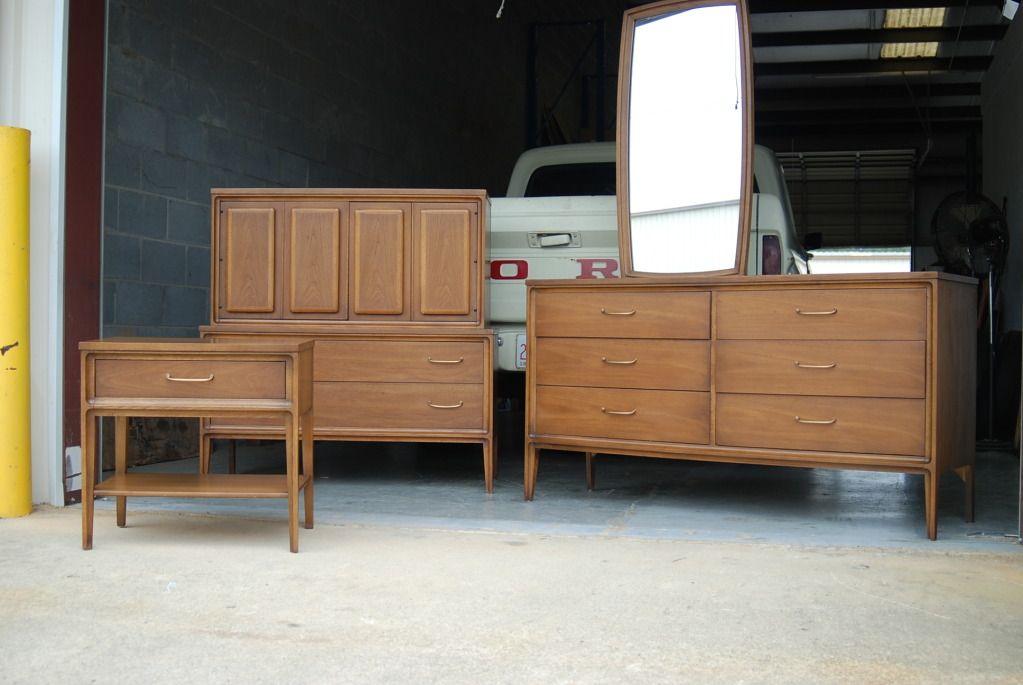 Craigslist Atlanta Kitchen Cabinets : Antique Buffet and ...
