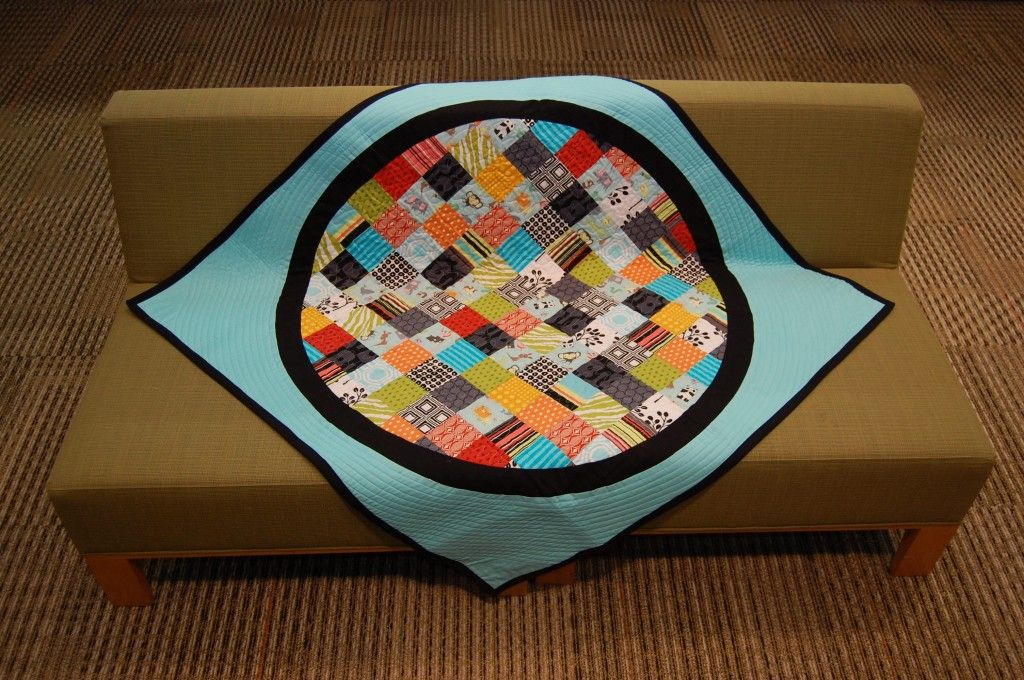 from Quilt engineer's blog....amazing!!! So talented.  I would love to take her class at Sew Modern.