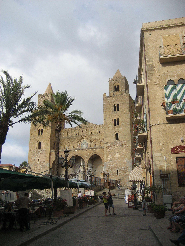 Cefalun keskusta. #Cefalu #Aurinkomatkat #Sicily #Italy