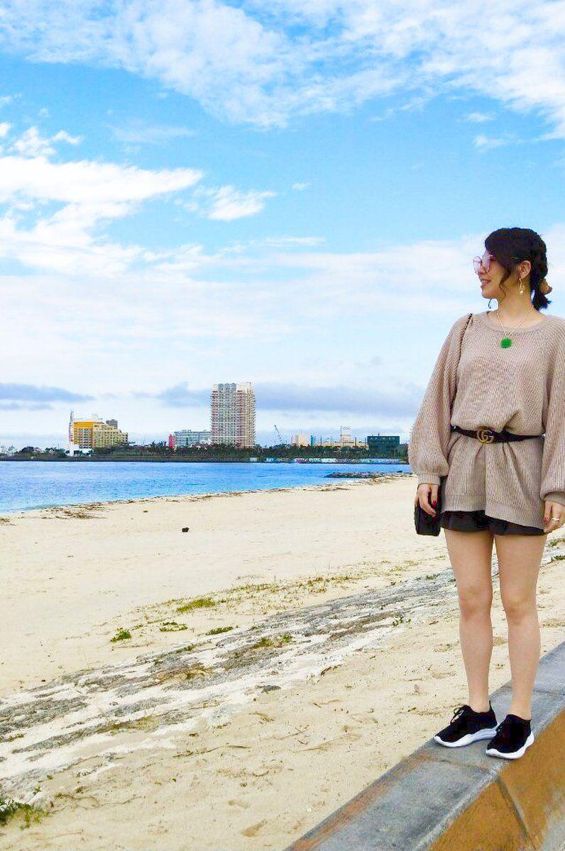 ハリウッド映画みたいな豪邸が8 500円 沖縄で超広い宿にみんなで