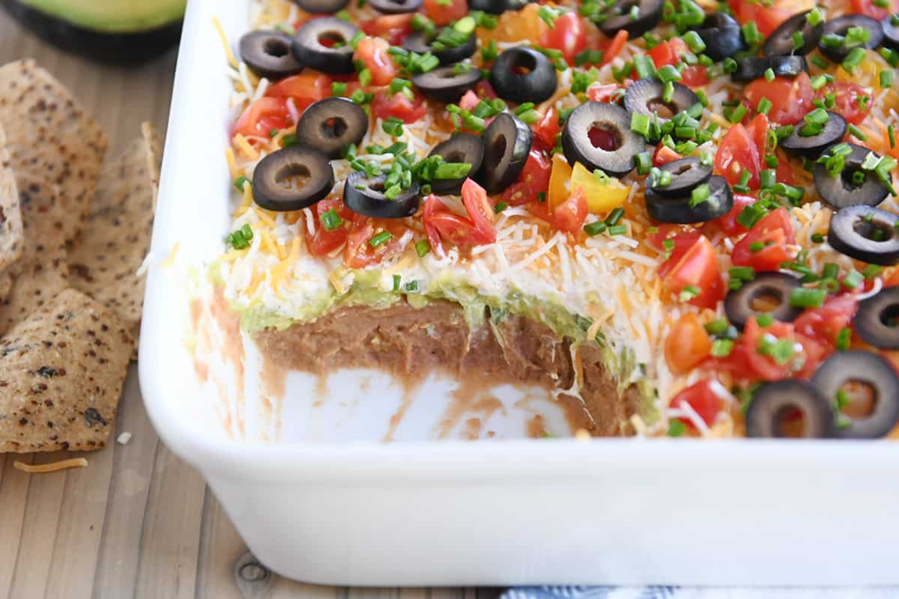 The Best 7 Layer Dip New And Improved Mel S Kitchen Cafe Recipe In 2020 Recipes Layered Dip Recipes Food