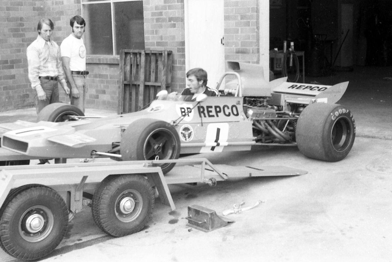 Brand new Matich A50 Repco, November 1971 ( Kneller)...