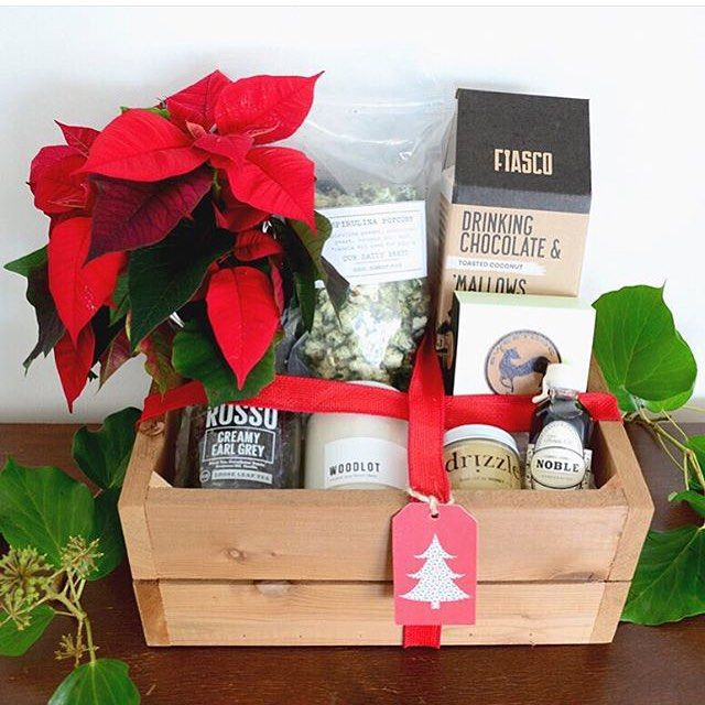 Holiday gift boxes from rhosyn floral rhosynfloral are seriously holiday gift boxes from rhosyn floral rhosynfloral are seriously perfect especially now that they negle Images