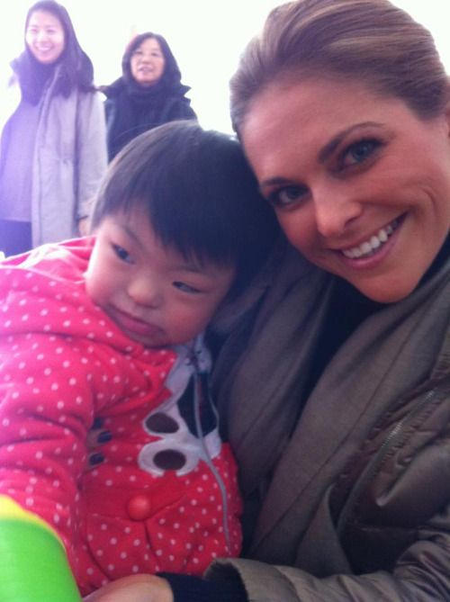 royalwatcher: The beginning of a new year always makes me think about great memories from the past. One such memory that I would like to share relates to an orphaned girl in China who really touched my heart.