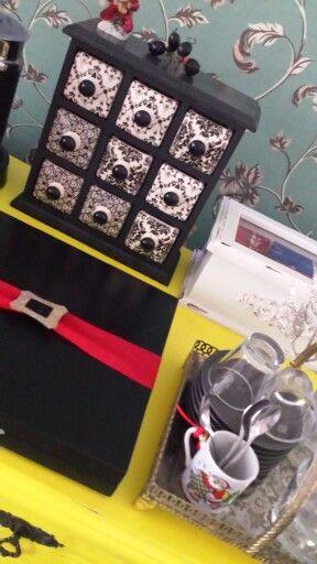 Caixa de cápsula de Café Nespresso  debitada l decorada para o Natal
