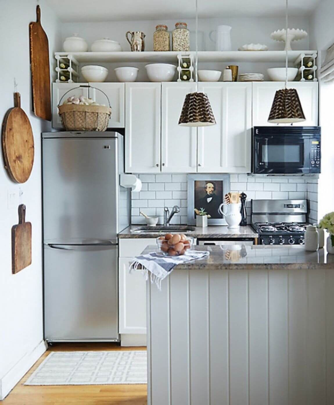 3 Attractive Small Kitchen Decor Ideas Small Space Kitchen Small Apartment Kitchen Kitchen Remodel Small
