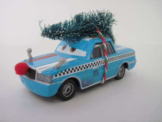 Disney Cars Christmas Decorations.Disney Cars Bob Pulley Taxi Christmas Ornament