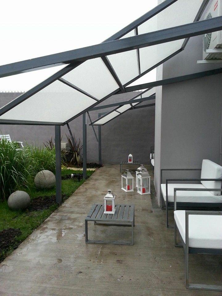 Techo en galer a estructura de hierro techos for Techos de terrazas modernas