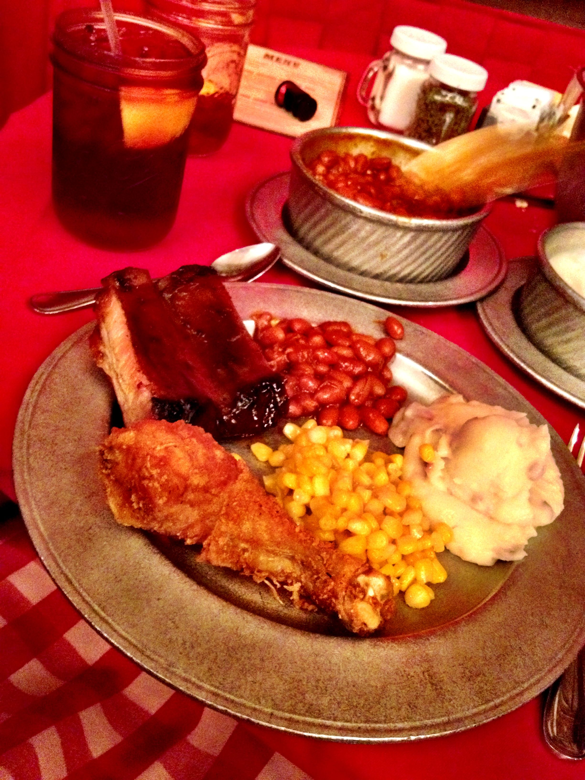 Hoop Dee Doo Musical Revue Dinner Sangria Fried Chicken Ribs Beans Mashed Potatoes And Corn Yummy Dinners Disney Restaurants Disney World Food