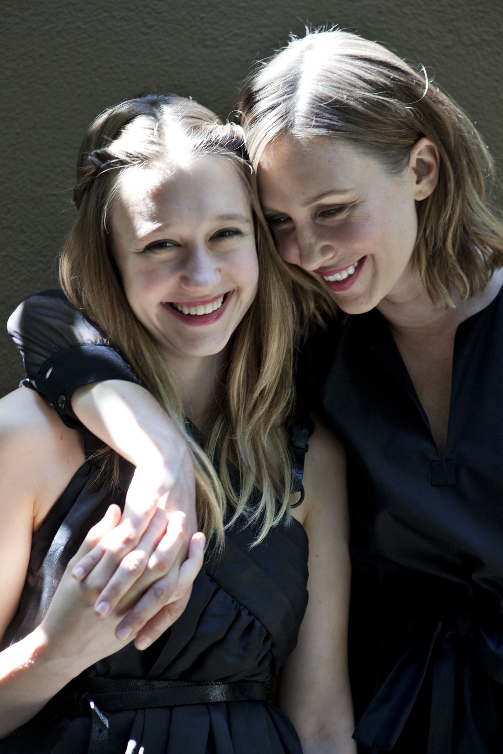 Vera And Taissa Farmiga Bates Motel American Horror Story