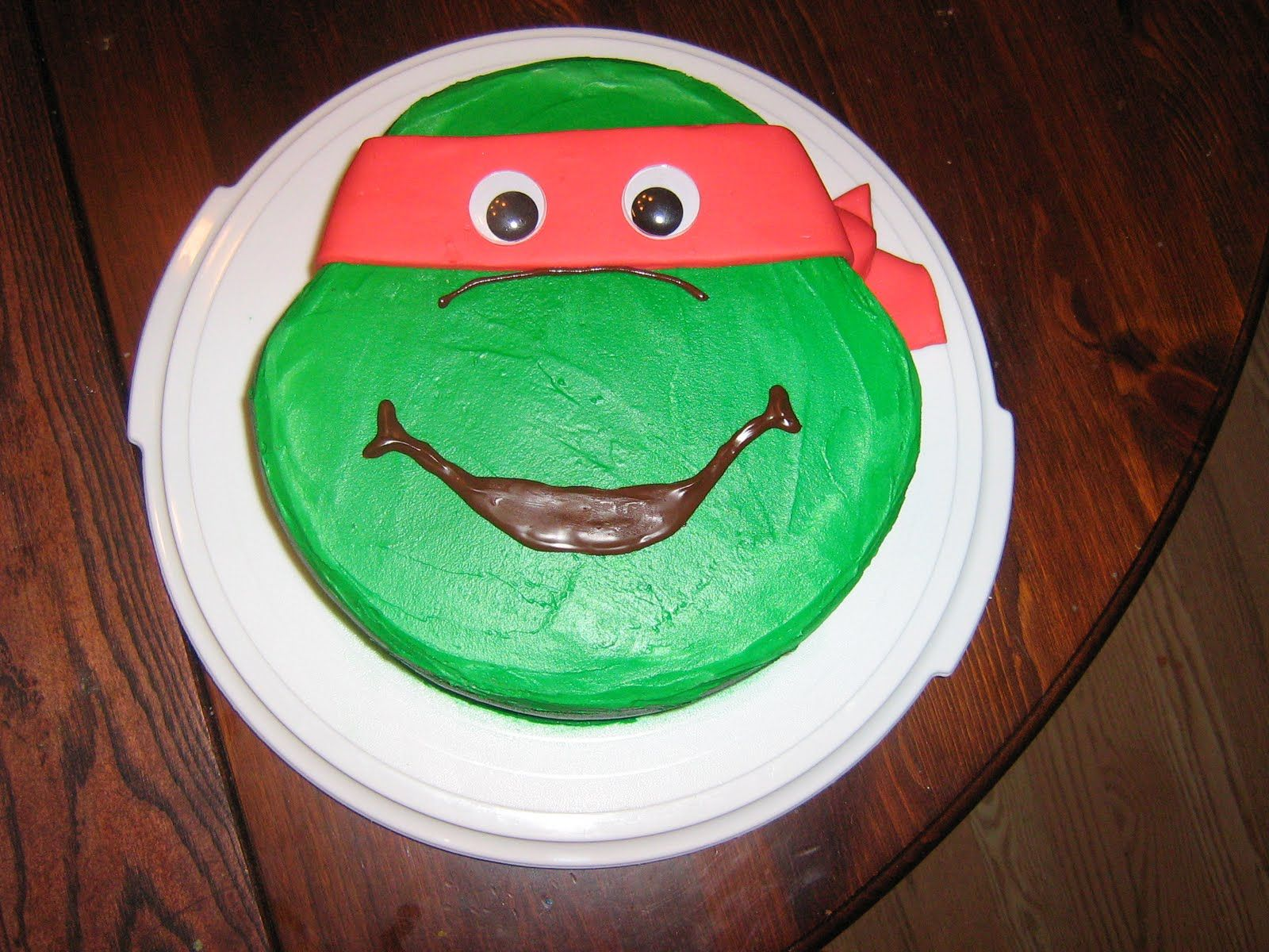 Raphael cake looks pretty simpleTeenage Mutant Ninja Turtles