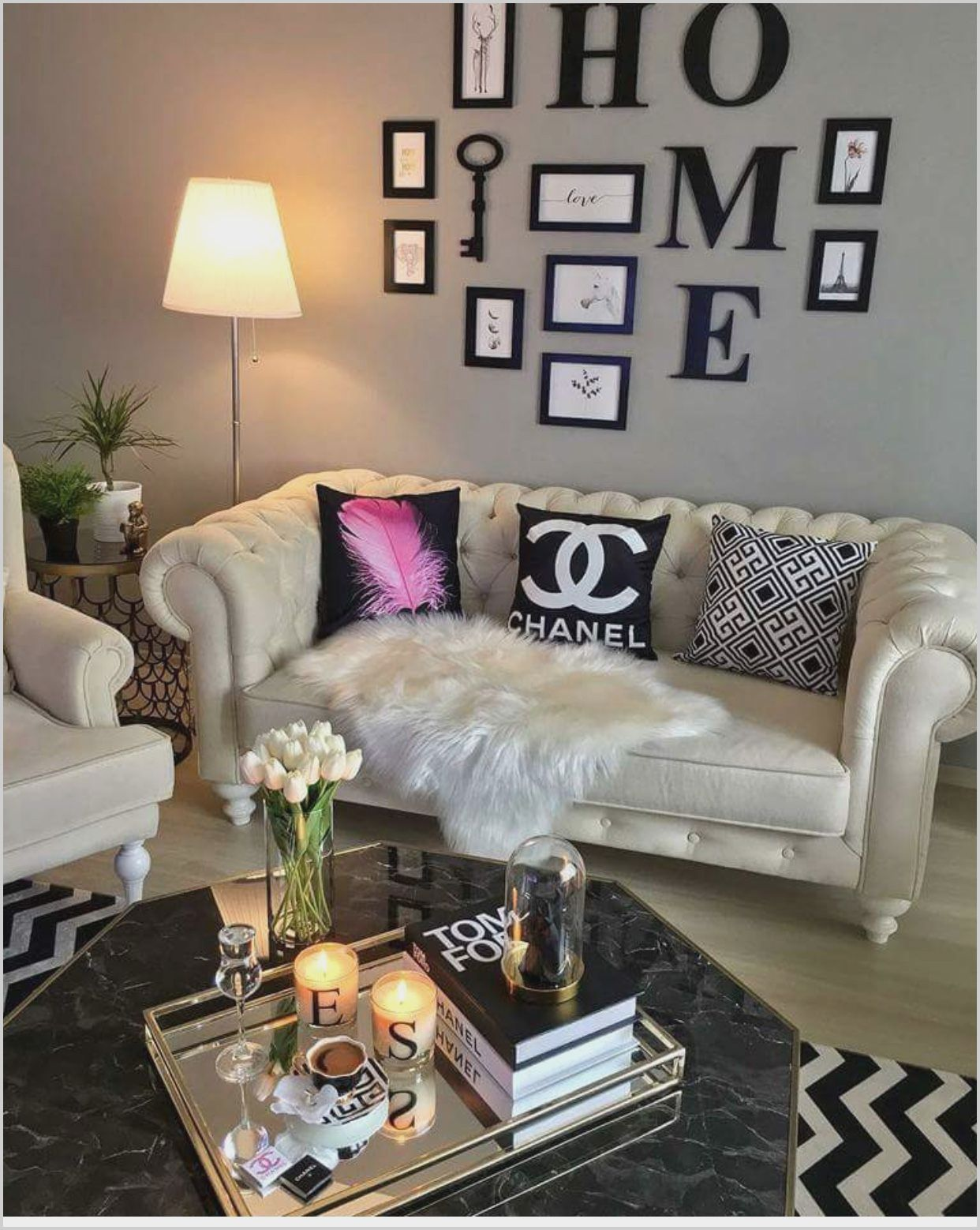 Black and White Glam Living Room in 2020   Beige living ...