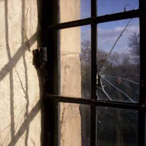 Http Americanwindowsglass Weebly Com Broken Glass Repair Html