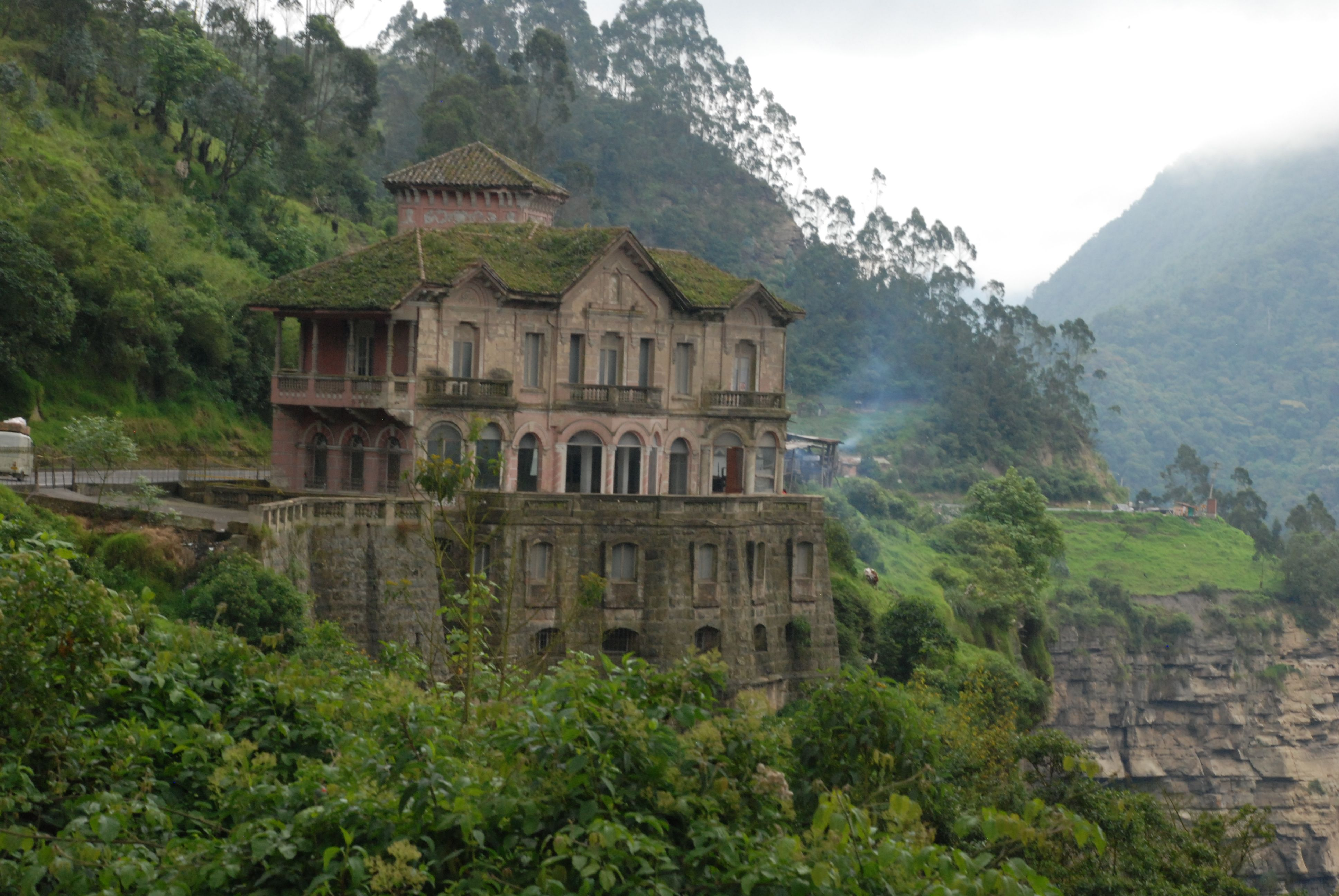 Hovering over the Lake of the Dead is the notorious hotel in El Salto, Colombia.