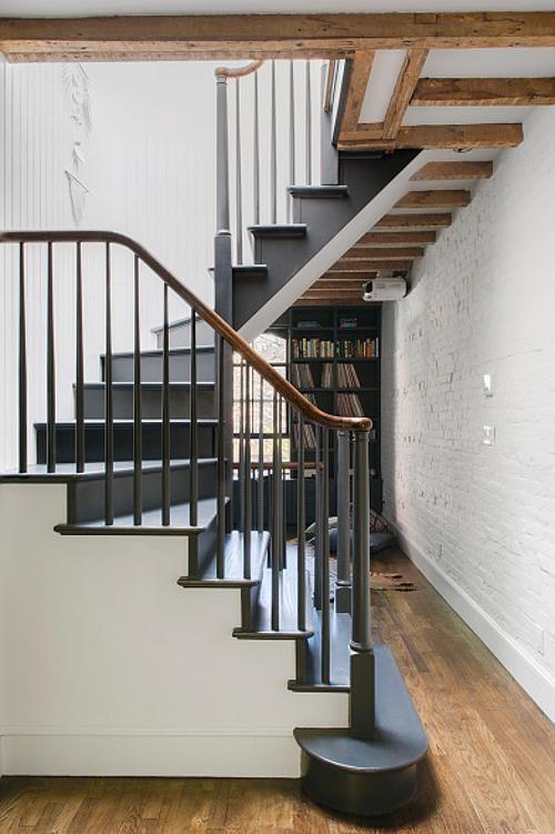 Lighting Basement Washroom Stairs: Desiretoinspire.net