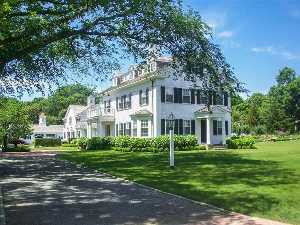 Groovy 108 Peases Point Way N Edgartown Ma 02539 Is For Sale Home Interior And Landscaping Ologienasavecom
