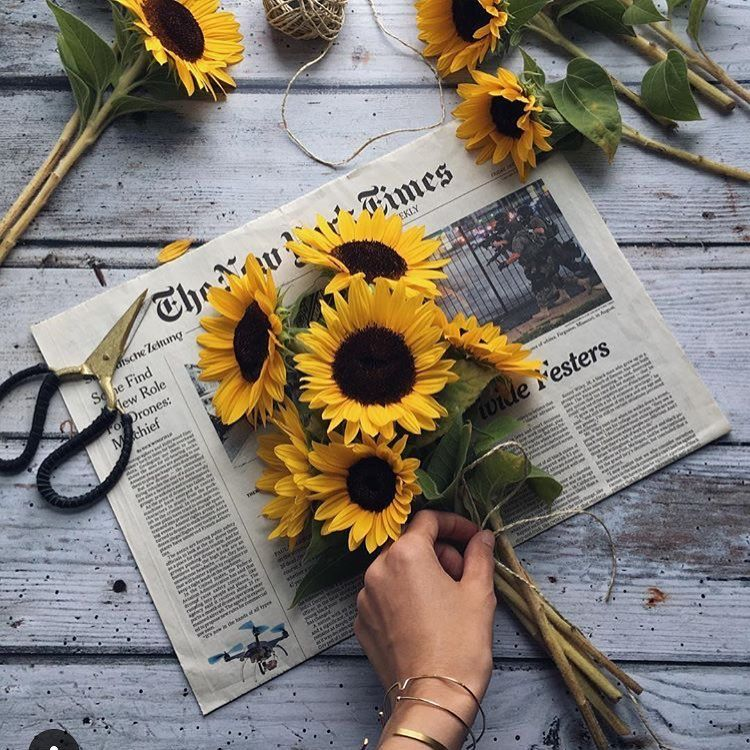 Flowers and MyNYTimes for the weekend via myflowerdiary