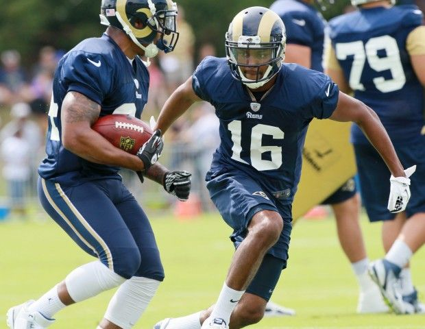 Full Squad Rams Training Camp Opens Training Camp American Football Team St Louis Rams