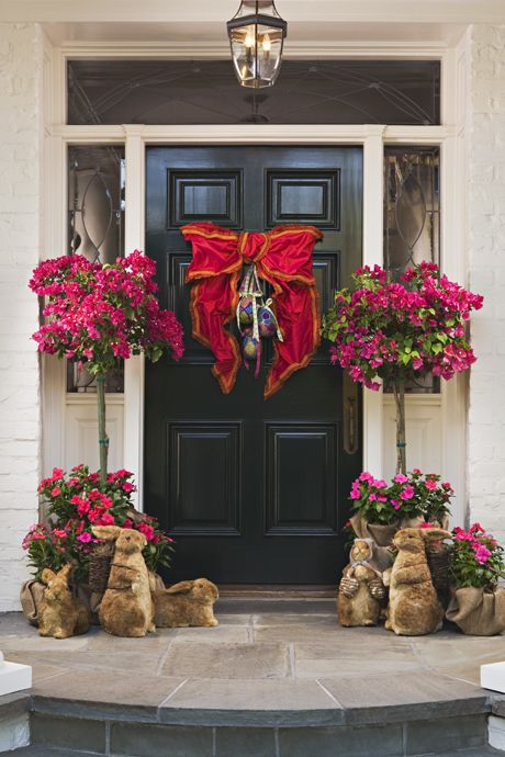 Loving this bright and cheery Easter front door decor! | Easter ...