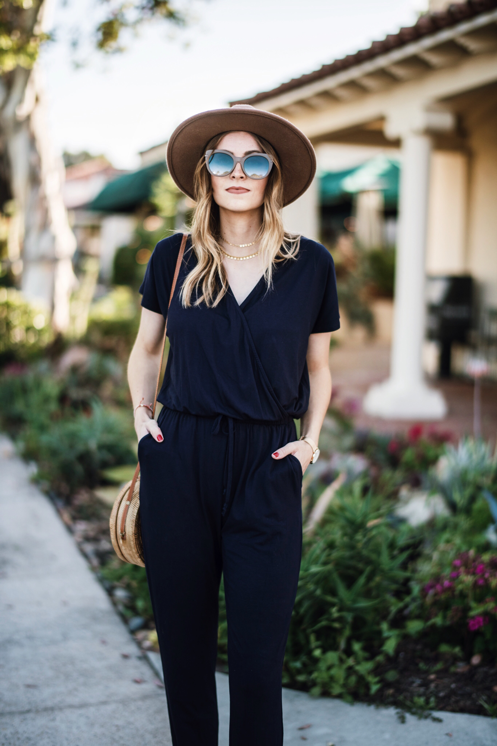 9f329cfb3b69 Navy Jumpsuit Outfit Ideas