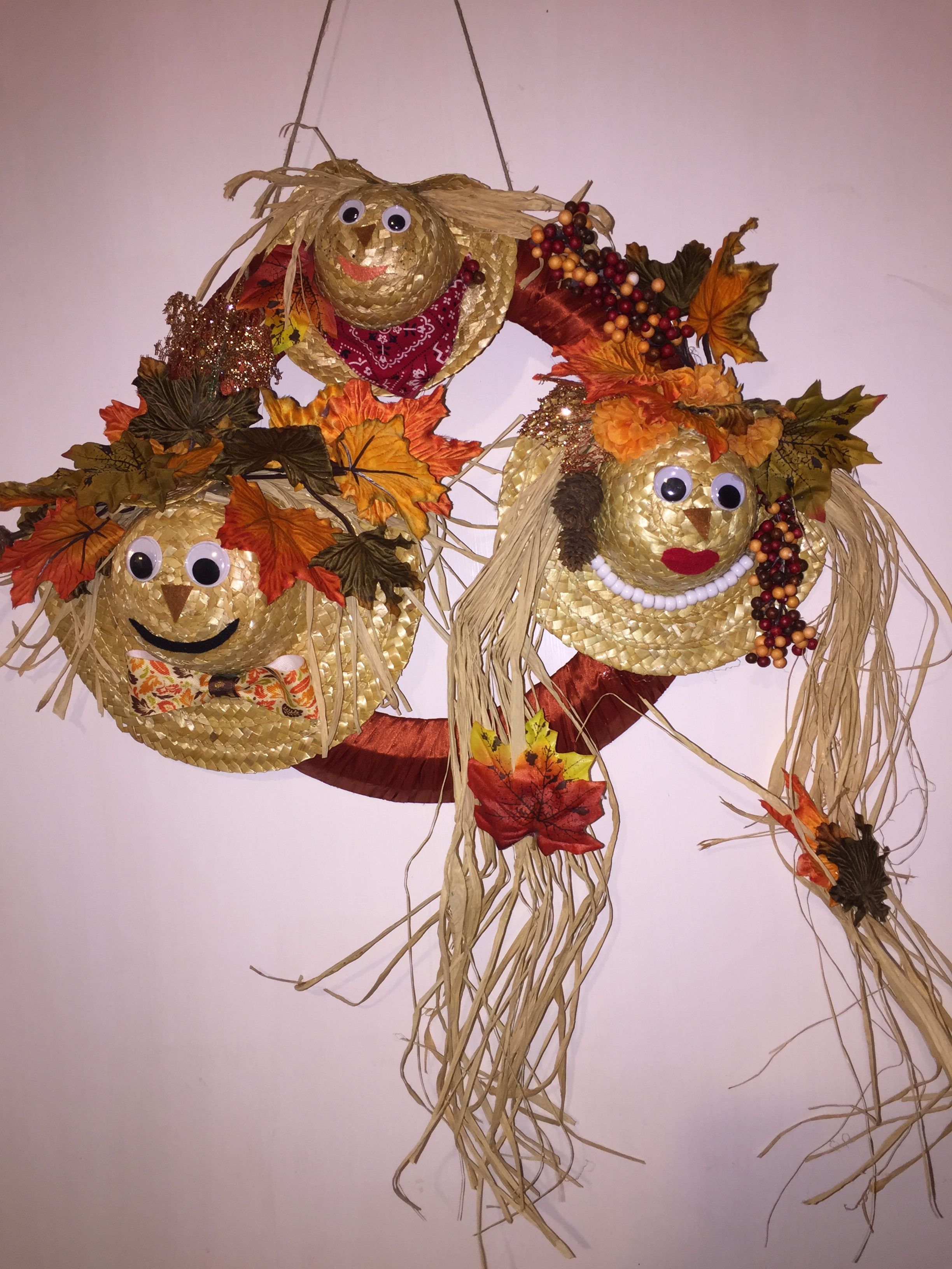 Scarecrow Wreath With Straw Hat