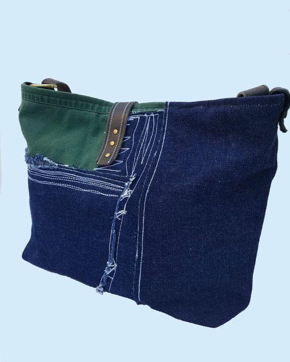 Sac seau en denim cuir daim Ce magnifique sac de Denim Vintage est - couleur des portes interieur