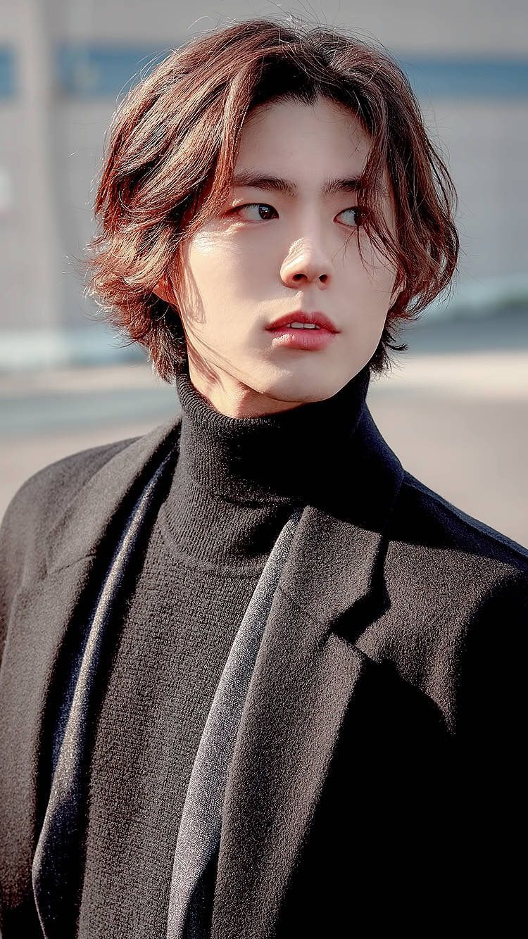Korean Long Hair Hairstyle For Men In 2020 Asian Men Hairstyle Asian Hair Korean Men Hairstyle