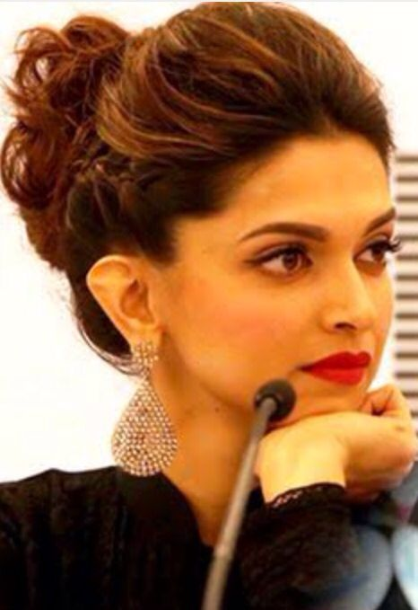 Pin by Nishkaa Mehta on Bollywood | Deepika hairstyles ...