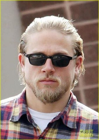 Jaxs Wears Kd Polarized Sunglasses Charlie Hunnam Sons Of Anarchy Beautiful Men