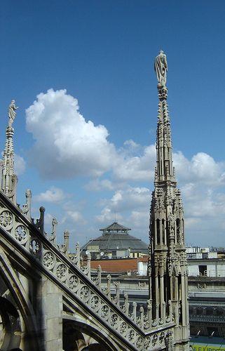 MILANO dal Duomo #TuscanyAgriturismoGiratola