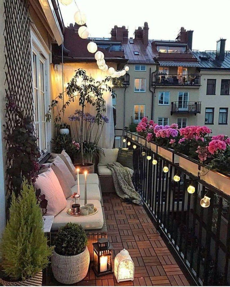 36 Awesome Small Balcony Garden Ideas #smallgardenideas