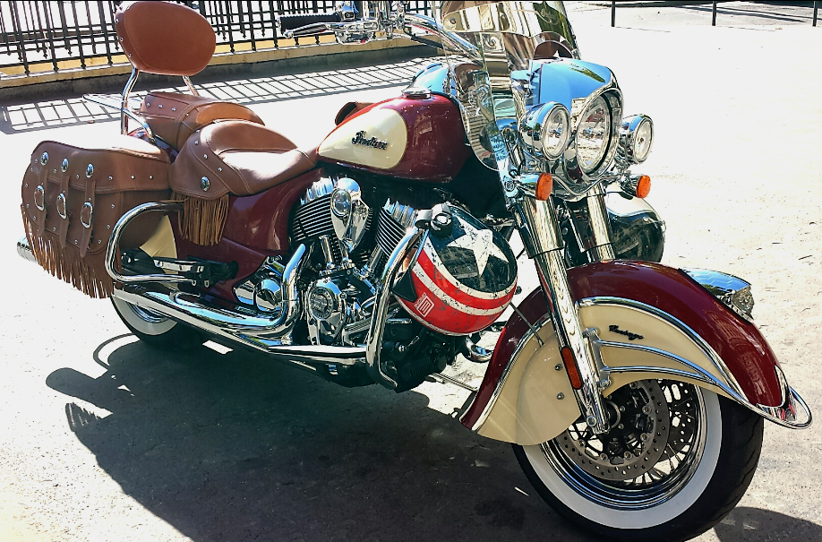 "Some pictures of the first 2 Vintage I saw ""live"" 