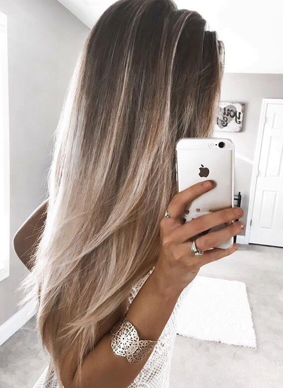 Light Blonde Hair Inspo