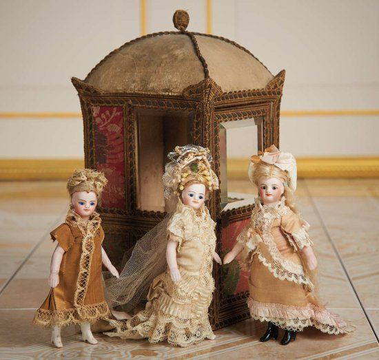 French All-Bisque Mignonette with Original Wig and Peach Boots 600/800 Auctions Online | Proxibid