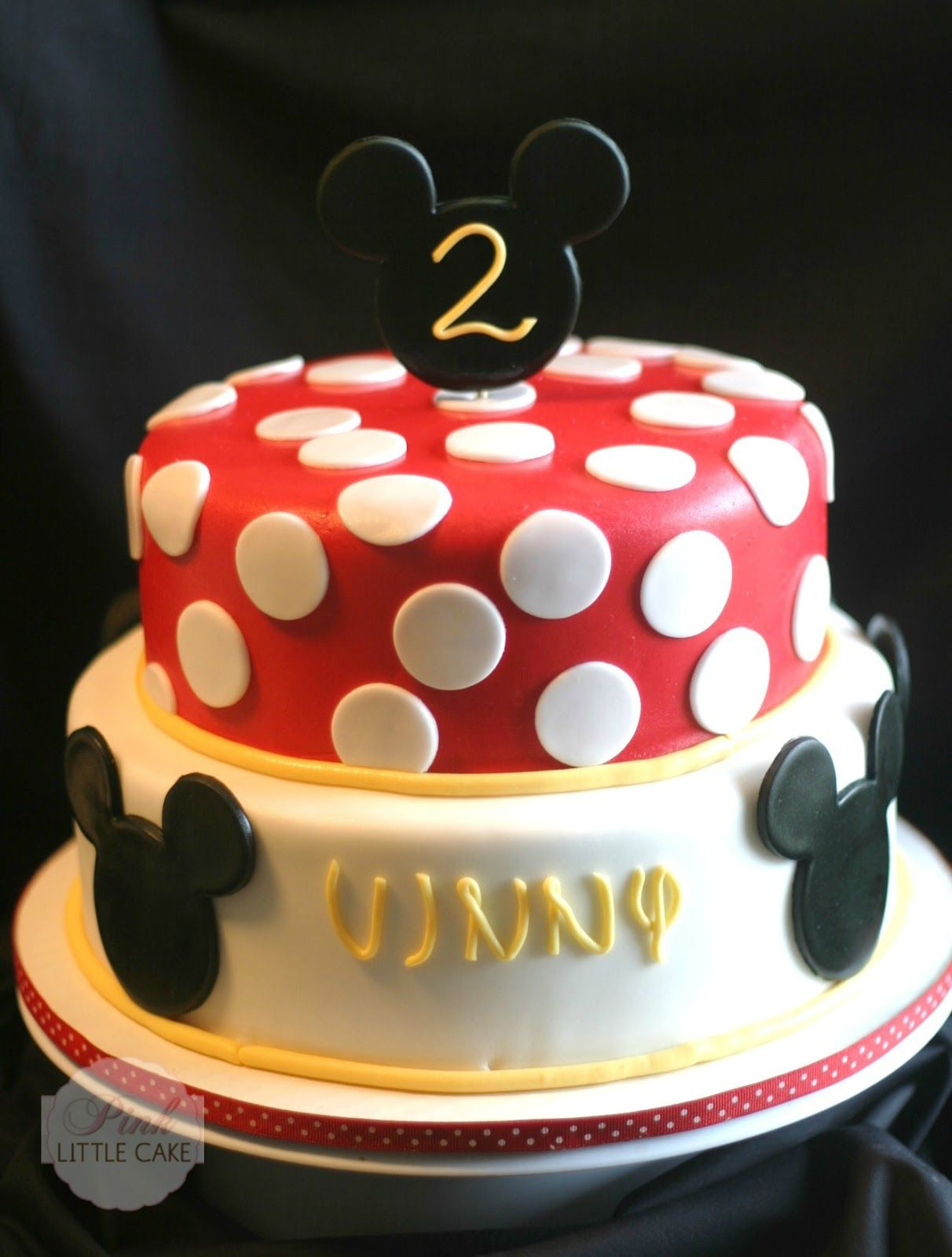 pink little cake mickey mouse cake and cookie favors