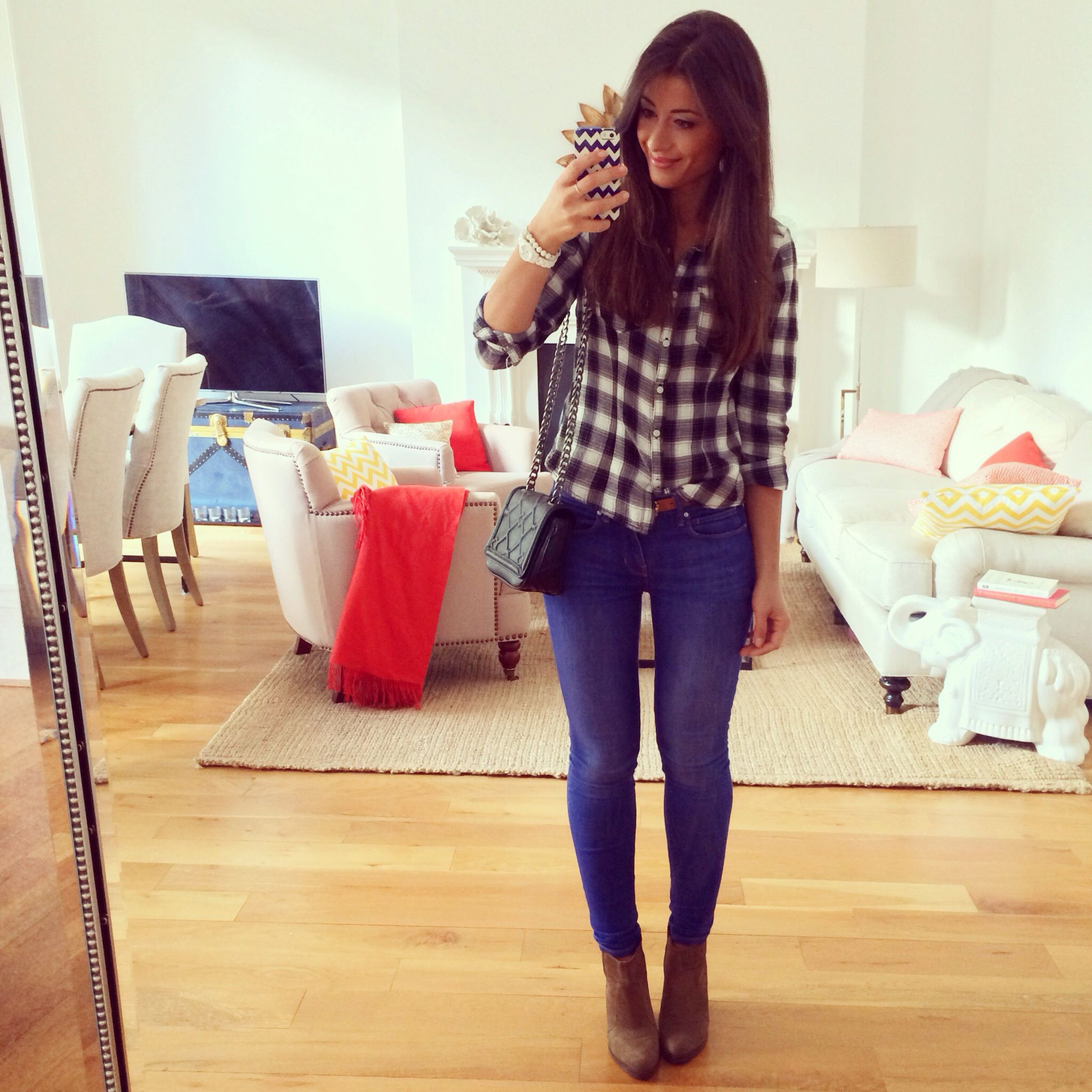 Plaid shirt, skinny jeans, winter outfit