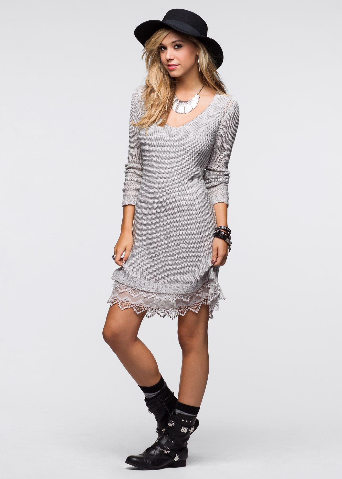 Pletené šaty s krajkovým volánem světle šedá - koupit online - bonprix.cz  Skvělé šaty značky RAINBOW s malým výstřihem do V. Vrstvený krajkový lem e5177068f6