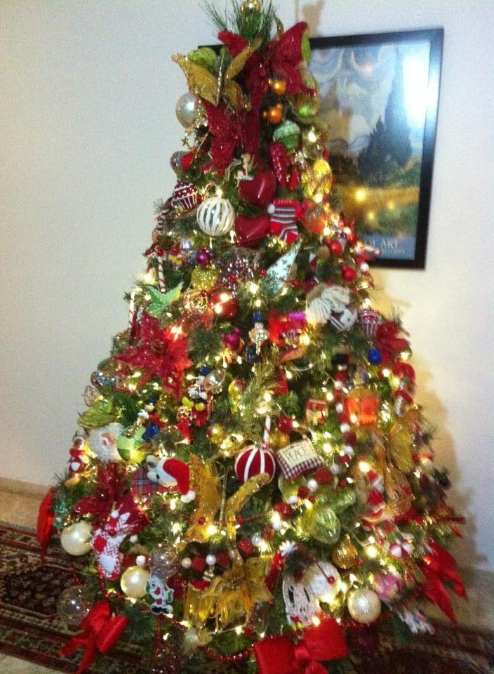 Love the tradicional colours of Christmas!