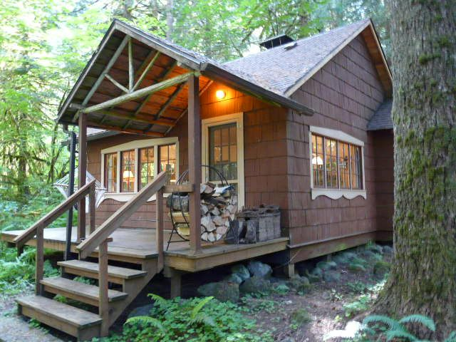 Mt Hood National Forest Cabin On Leased Land In Rhododendron Oregon Forest Cabin Cabin Decks Cabin