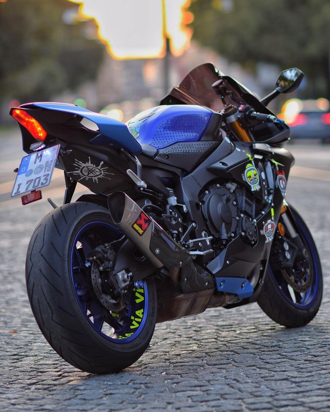 Yamaha R1 Rn49 On Instagram Via Via Via Do We Have Here Valeyellow46 Fans R1 Agv Yamaga Super Bikes Yamaha Bikes Enduro Motocross