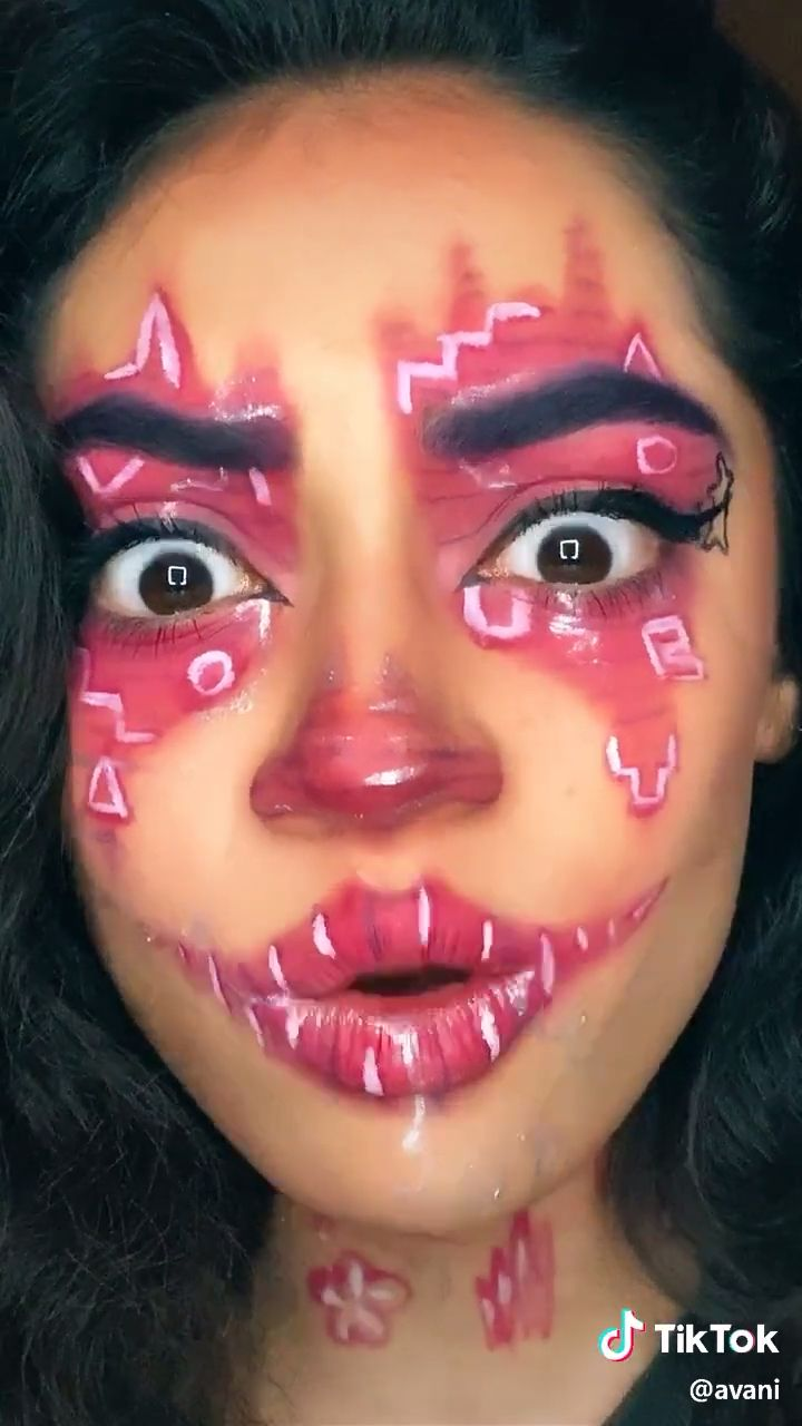 Avani Avani Official Tiktok Tik Tok Videos Clown Check Tiktokvideosclowncheck Follow Nosigilland For More Tik Toks In 2021 Clown Makeup Makeup Videos Makeup