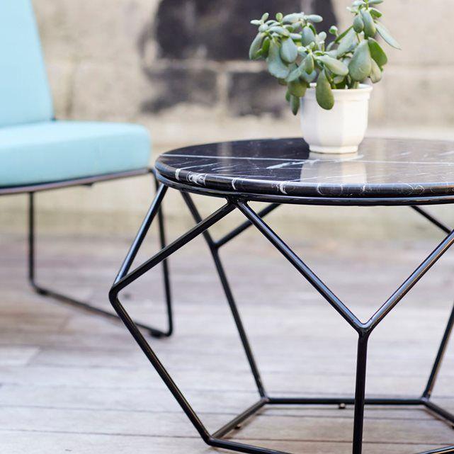 Table basse ronde de jardin en métal noir et marbre | Tables basses ...