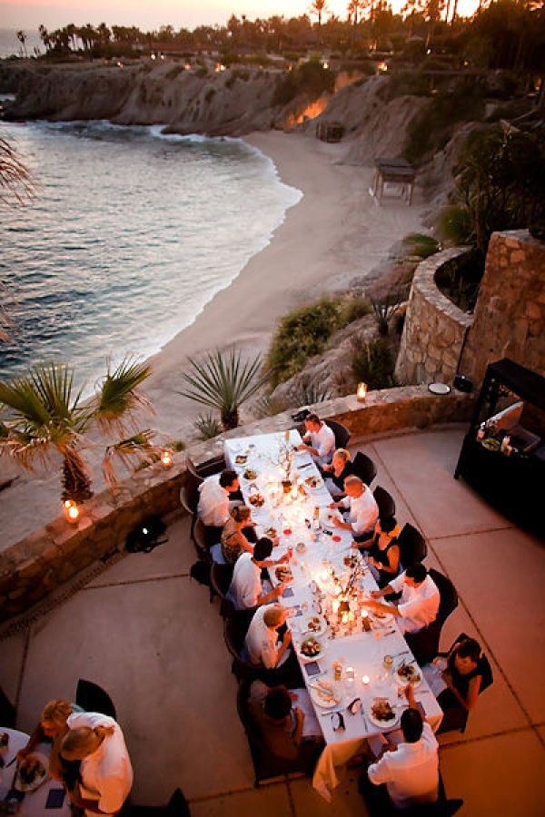 Get ready to soak up some fabulous Cabo San Lucas gorgeousness. The bride = gorgeous. The styling (the majority of it also being DIY) = gorgeous. The images from The Youngrens = gorgeous. The stunning Cabo back drop = gorgeous. Seriously, so.much.gorgeous to be had,
