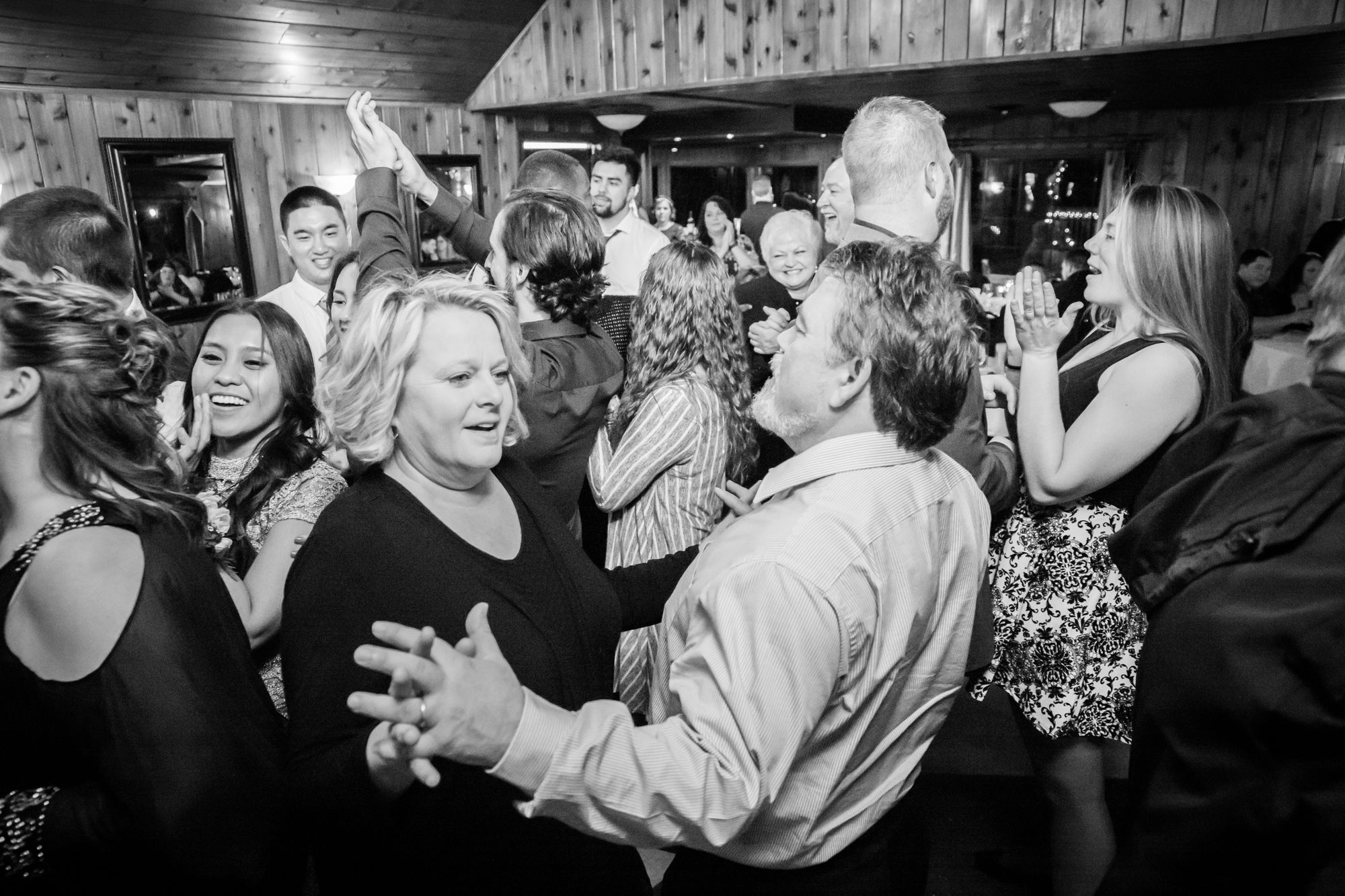 There is no better sign of a good party, than a packed dance floor.....💃💃💃  Photographer: @StephanieWilsonPhotography Venue: Portico & Main Indoor Venue @CommelliniEstate Florist: @libertyparkflorist DJ: @DjGellis  Cake: @SweetFrostings Wedding Coordinator: @Commelliniestate & @savvylee9  #holidaypartyvenue #christmaspartyvenue #christmascocktails #cocktails #happyhour #wine #dreamingofawhitechristmas #whitechristmas #christmastree #spokanewedding #spokaneweddinginspo