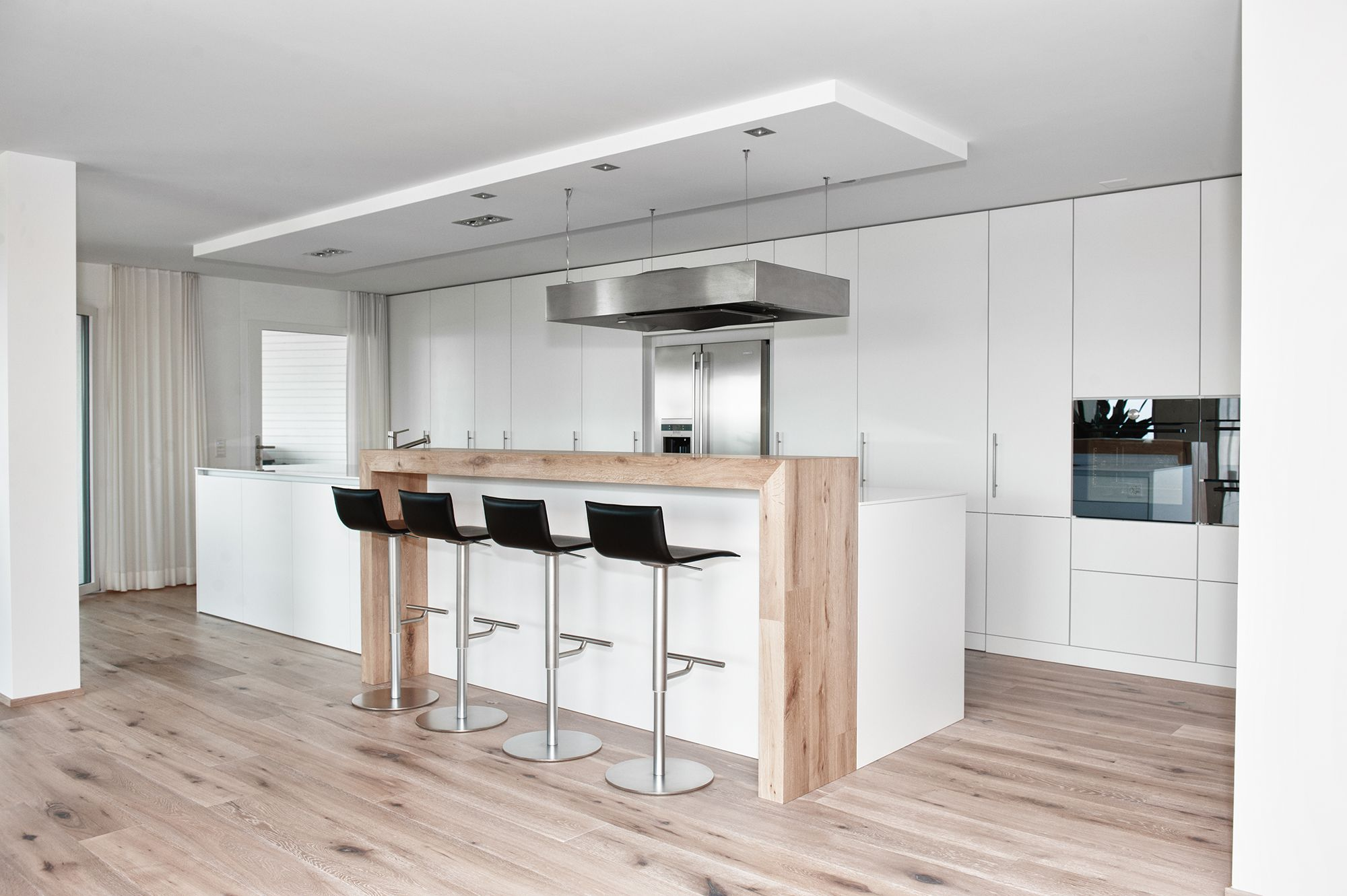 Woodworker Küchen ~ Moderne küche kochinsel weiß matt holz theke kappa armony wohn