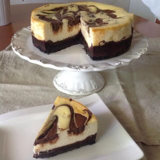 Nutella-juustokakku browniepohjalla / Nutella cheesecake with brownie